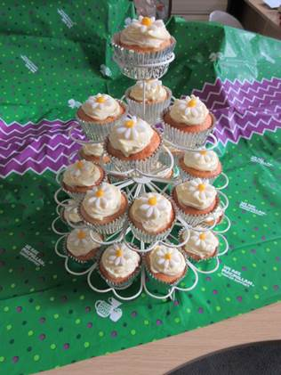 Adams Harrison 2016 Bake Off winning lemon cupcakes