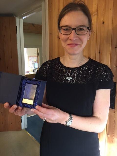 Rebecca Dedman with her 10K Award